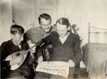 1935 w domu z braćmi (Ziutek i Tadzik)